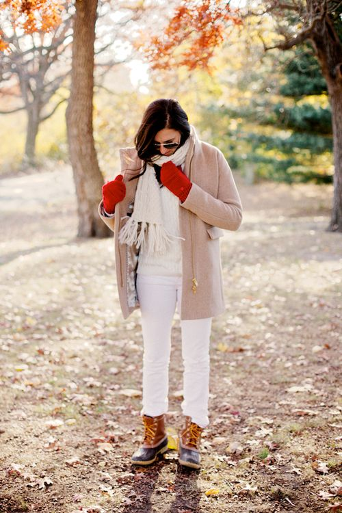 Bean Boots + Winter White