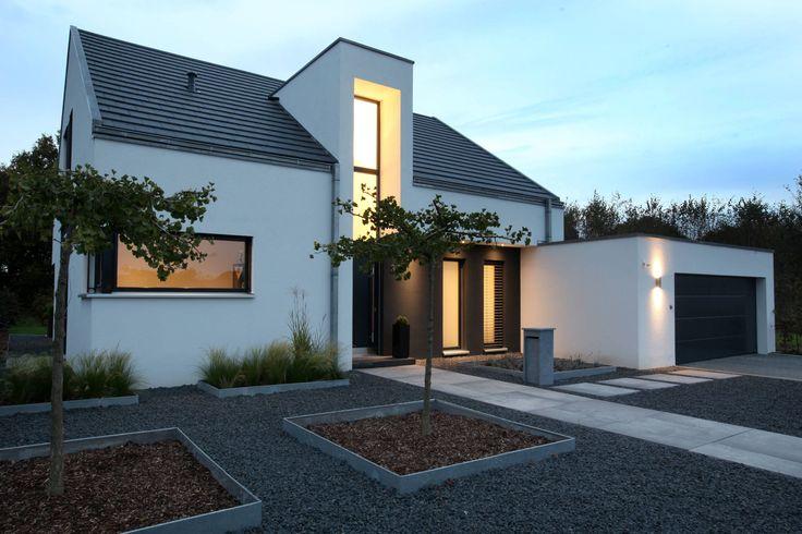 die 25 besten ideen zu einfamilienhaus auf pinterest neubau fassade haus und geb udefassade. Black Bedroom Furniture Sets. Home Design Ideas