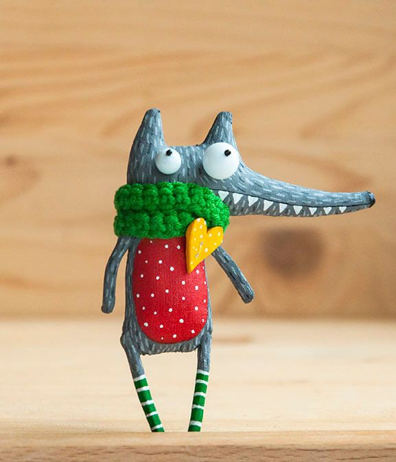 Curious wolf by MarLitoys on Etsy