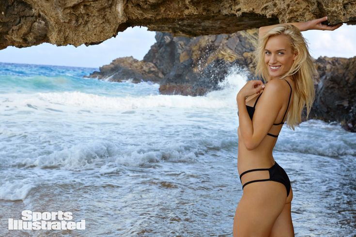 Pin by Frank on Paige Spiranac | Sports illustrated