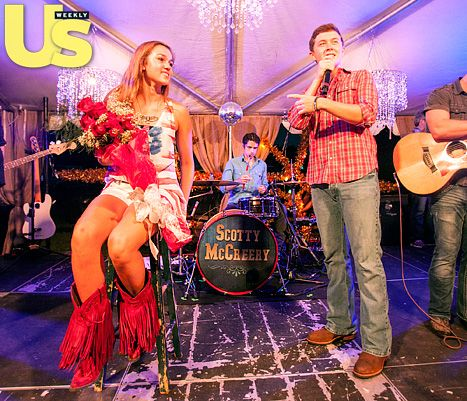 Scotty McCreery performed at Duck Dynasty star Willie Robertson's daughter Sadie's Sweet 16 birthday party on June 17.