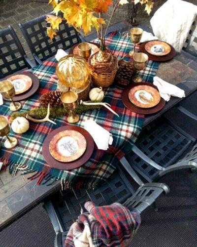 Outdoor Thanksgiving Tablescape