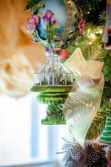 Chinoiserie Chic: Ornaments on My Tree | Chinoiserie