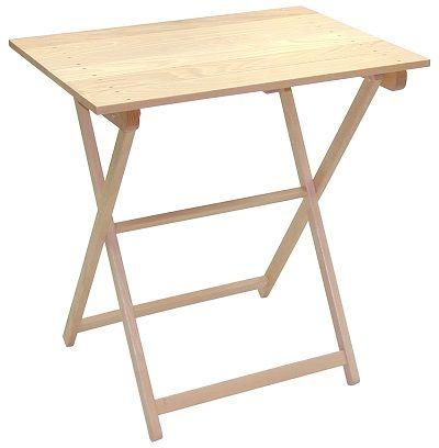 Mesa plegable de madera de haya, con patas tipo tijera, muy robusta y resistente, y fácil de manipular, transportar y almacenar. Hostelería, catering.