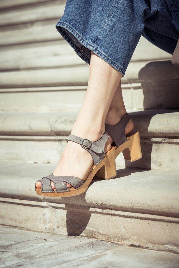 67a6d8037c05e Gray leather clogs, Kulikstyle, Swedish Clogs, Clog sandal, Sandals ...