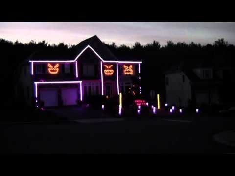 Awesome Halloween light show-syncs with Gangnam Style