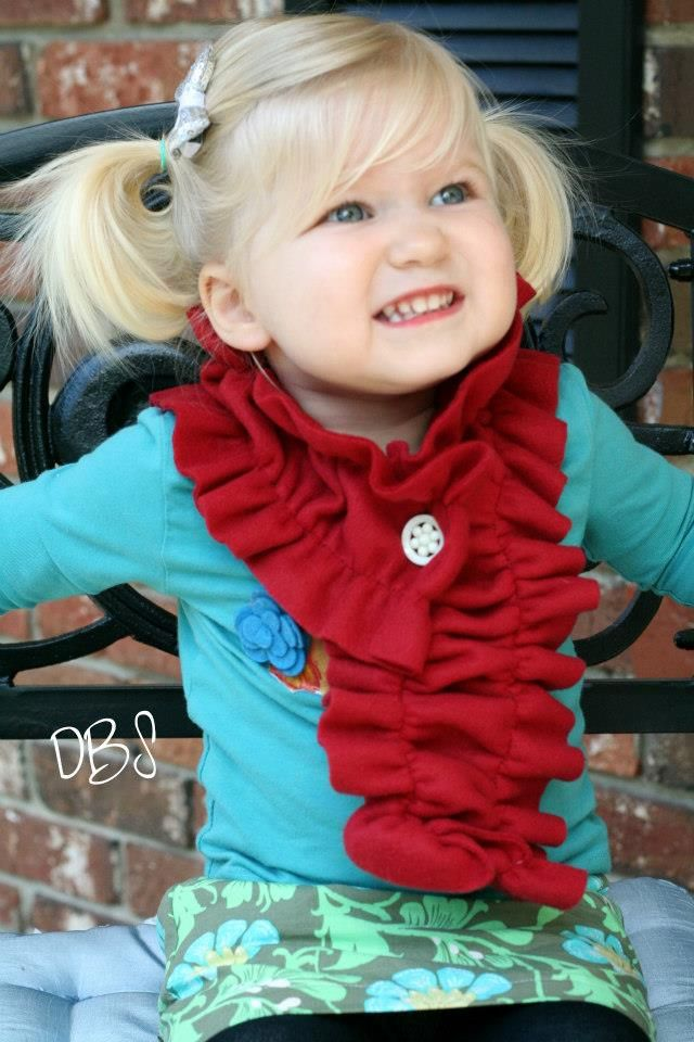 Super-dooper easy. two lines of sewing and a buttonhole made out of fleece!! OMG--adorable!!
