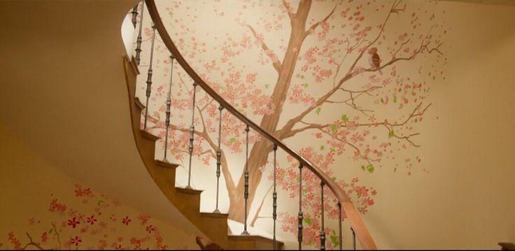 wall, painting, flowers, from movie Paddington