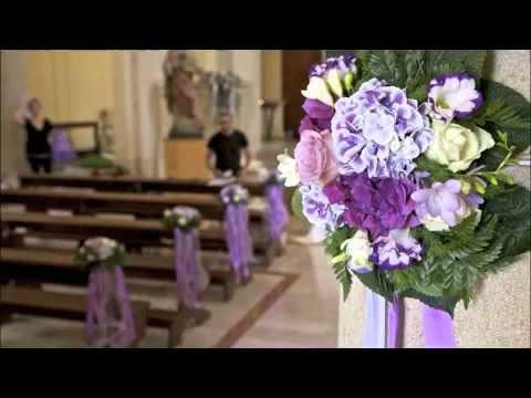 Sorrisi e Confetti al lavoro per il matrimonio di Romina e Alessandro. Una giornata...viola! #matrimonio #viola #nozze #weddingplanner