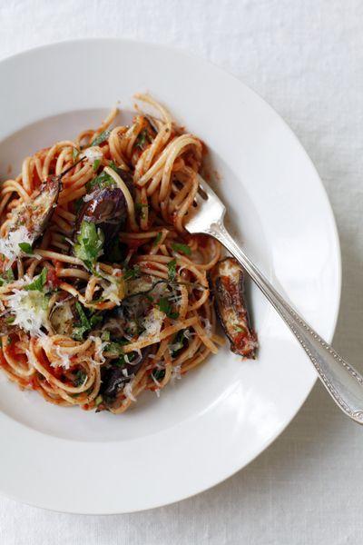 spaghetti aubergines parmesan