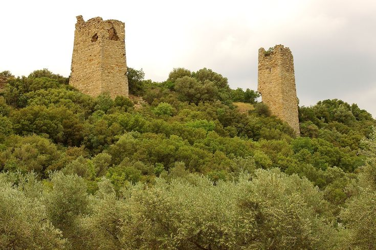 The Castle of Potamos - located at the provincial road that connects Alexandroupolis and Avantas. The castle was built in the 13th century and its three impressive medieval towers are visible from far away. #Greece #Evros #Terrabook #Travel #GreeceTravel #GreecePhotografy #GreekPhotos #Traveling #Travelling #Holiday