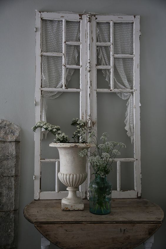 15 Must See Old Window Decor Pins Old Window Ideas