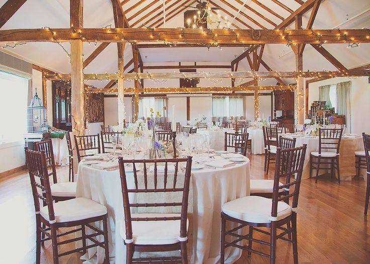 Wedding Table Set Up At The Inn At Barley Sheaf Farm Courtesy Of Carats Amp Cake Photo By Sharyn