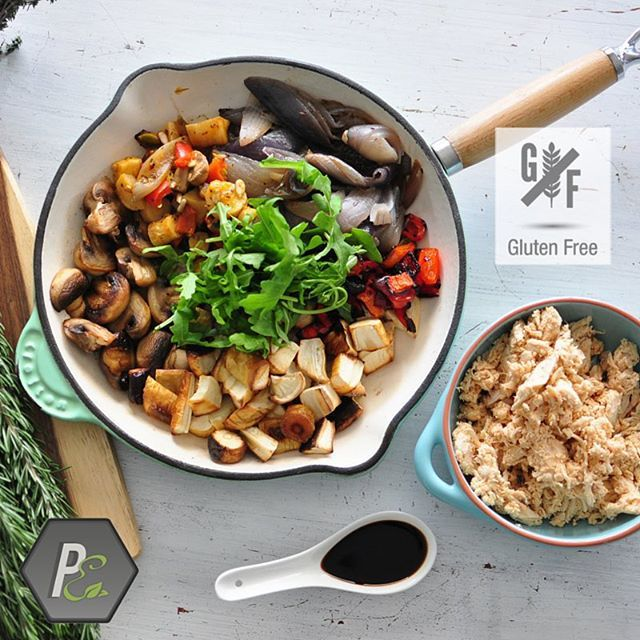 Looking for Gluten Free meals? Look for our special Gluten Free logo when selecting your meals and know the meals you order will be Gluten Free.  Here is one that you will love, Roasted Winter Vegetables with Sweet Chilli Chicken. One of our most popular meals, it is rich in minerals, vitamins and antioxidants.  #glutenfree #goldcoast #performanceeating #healthymeals #glutenfreegoldcoast