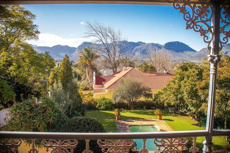 Stunning, manicured grounds and beautiful views of the Paarl valley from this veranda.