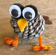 Pine Cone Owl - Great for kids to put together as carft Thanks giving day while we cook.  Use to decorate children't table.
