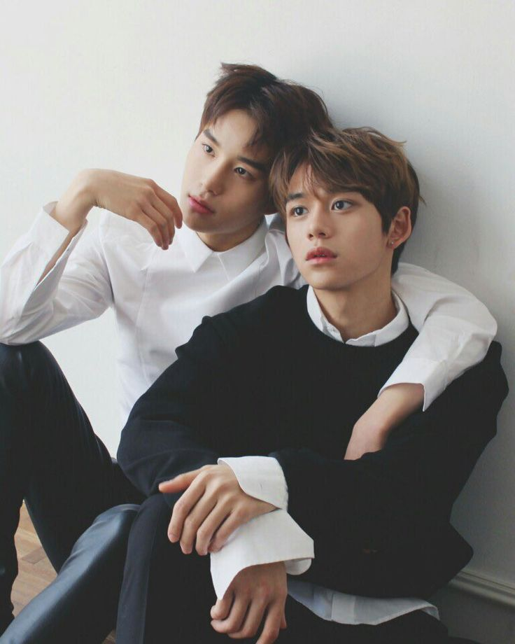Jungwoo and Lucas