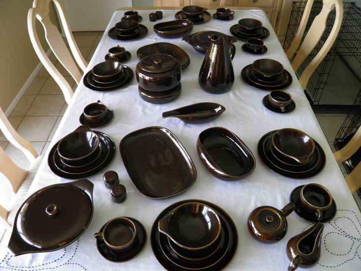 66 Pc. Russel Wright American Modern Dinnerware Steubenville Black Chutney MINT & 36 best Russel Wright Pottery images on Pinterest | Dinnerware ...