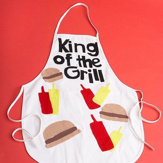 If Dad loves to grill, help the kids make him a personalized apron. More Father's Day crafts: http://www.bhg.com/crafts/kids/craft-a-gift/clever-kids-crafts-for-dad/#page=1