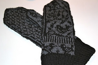 mittens knitted by me
