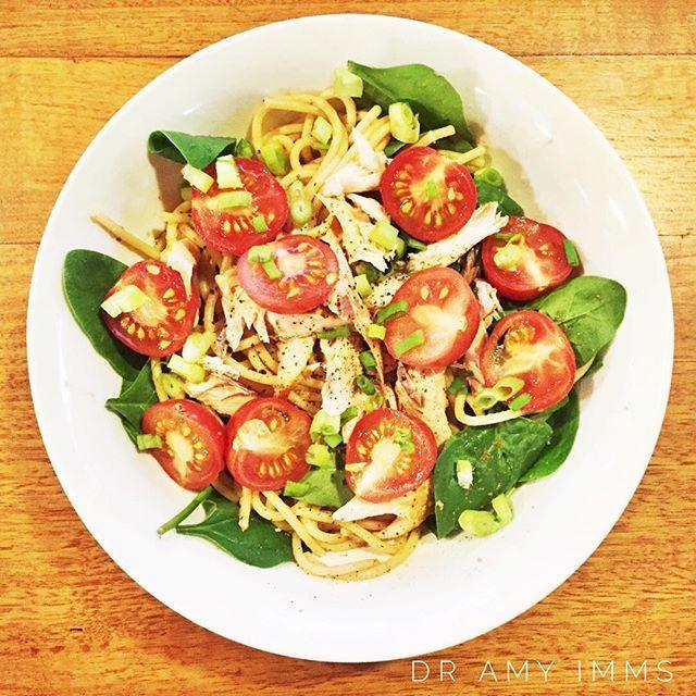 Day 24 - dinner - fresh smoked salmon, spinach & tomato pasta #30dayfoodchallenge #wholefoods