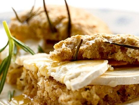Rosemary Scones with goat cheese (swedish recipe)