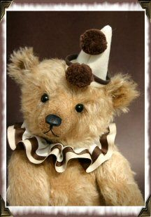 Vicky Allum's teddy bear.  Her trade name is Humble-Crumble Collectors Bears.Artists Bears, Vicky Allum, Humble Crumble Collector, Teddy Bears, Allum Humble Crumble, Allum Creations, Collector Bears, Teddy'S Bears, Allum Teddy