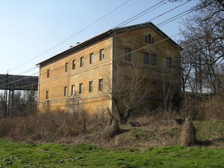 Trmice (Türmitz), Abandoned Passenger Depot, built 1858 -- just a locale picture