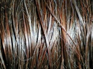 Haare Glätten – Mit dem richtigen Glätteisen glätten – Haare pflegen – Tipps für Frauen