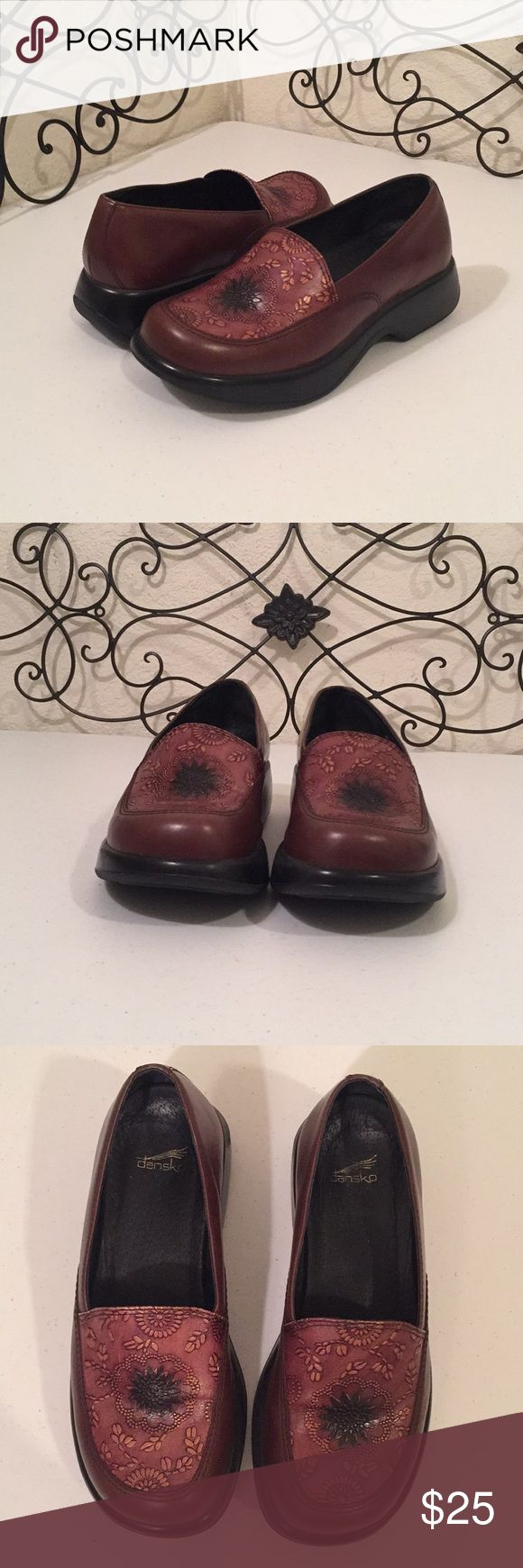 DANSKO Embossed Clogs PRICE FIRM. EXCELLENT CONDITION. Embossed copper metallic floral design, leather upper and lining, made in Brazil. Please check out more of the Posh Boutique Outlet!💎 Dansko Shoes Mules & Clogs