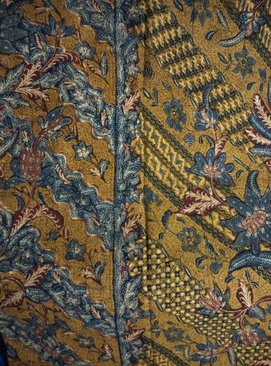 Batik sarong three states/tiga negri,batik workshop from Tjoa family,unique design circa 1940~1950.