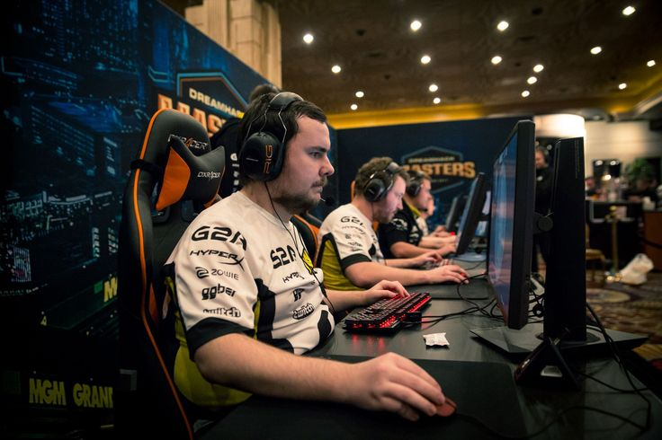 "Na'Vi GuardiaN: ""We need to stop blaming each other for lost rounds."" #games #globaloffensive #CSGO #counterstrike #hltv #CS #steam #Valve #djswat #CS16"