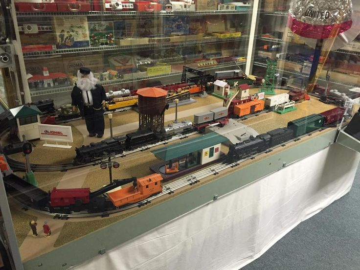 Re Lionel Dealer Display Layouts Factory Layouts And