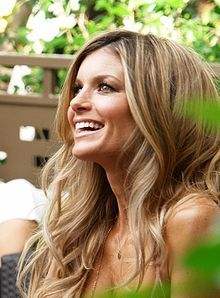 I love the honey hues of her hair, Marisa Miller is totally gorgeous any way, but love the hair.