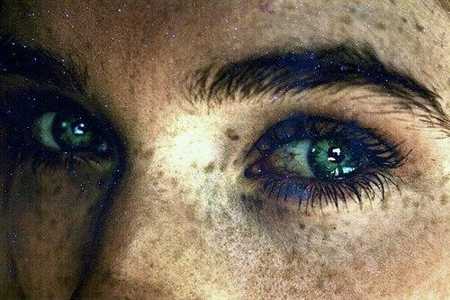 ao olhos