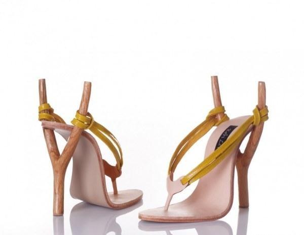 .: Catapult, Slingshot, Crazy Shoes, Sling Shots, Shoes Design, Unusual Shoes, Kobi Spread, Sandals, High Heels