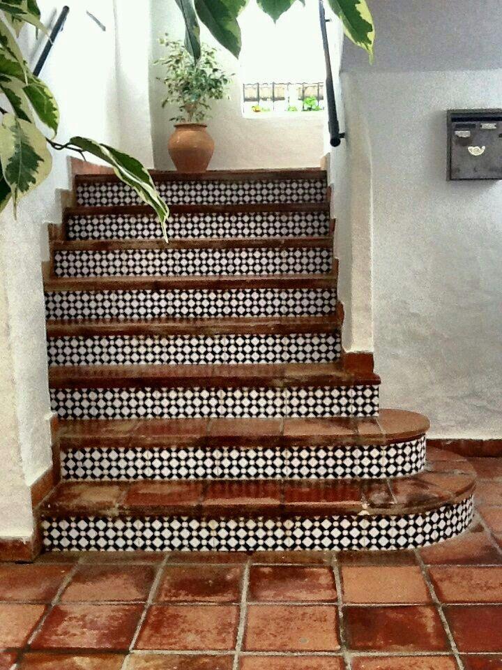 Gradas con azulejo