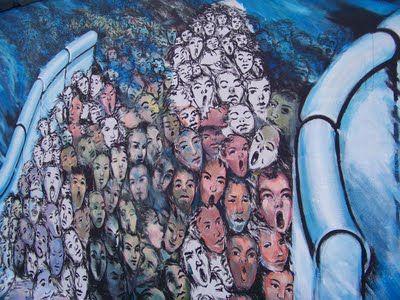 Desarraigos Provocados: La East Side Gallery del Muro de Berlín (I)