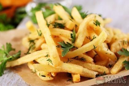 Receita de Batata frita tipo fast food em receitas de legumes e verduras, veja essa e outras receitas aqui!