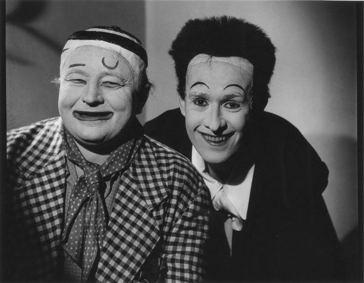 Jan Werich and Jiří Voskovec 1947 FOTO: Václav Chochola, Archiv B&M Chochola