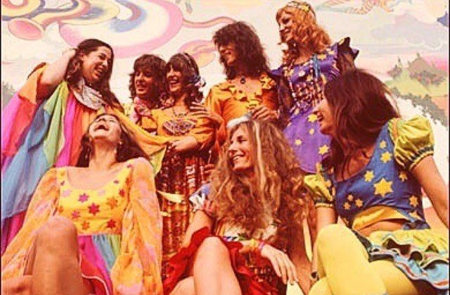 What a bunch of beautiful people so much colour and dreamy fashions.  Mama Cass Donovan & The Fool!  We'll be hitting up Meredith Festival this weekend with all the flares colour and sparkles in the world. See you for a boogie!  Rg @70sdreamangel  #festivalfashion #festival #rave #fashion #design #glam #boho #hippie #gypsy #style #fleetwoodmac #inspo #retro #vintage #babe  #love #thefool #mamacass #colour #design #stars #vintage #retro #repost