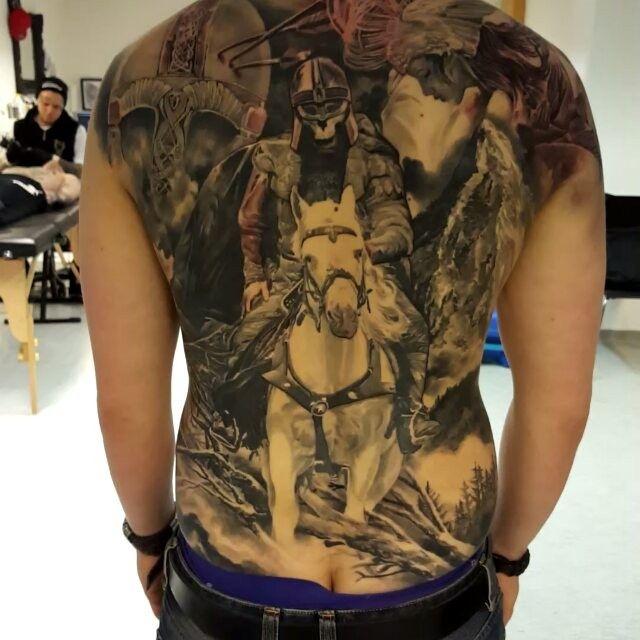 @belowzerotattoo  #inkeeze #kwadron #bginksociety #superb_tattoos #sullenclothing #inkmachines #igerstampere #igerssuomi #inkig #supportgoodtattooing #thebesttattooartists #tattoolifemagazine #tattooartistmagazine #viking #valhalla #inkedmag