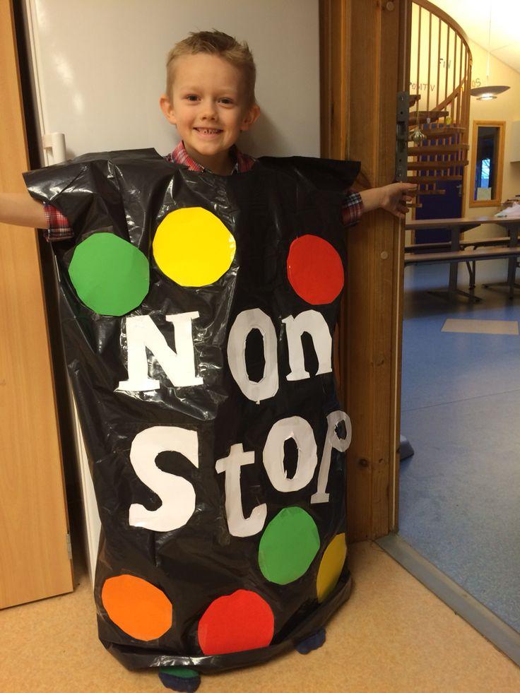 Non Stop kostyme laget av Victor