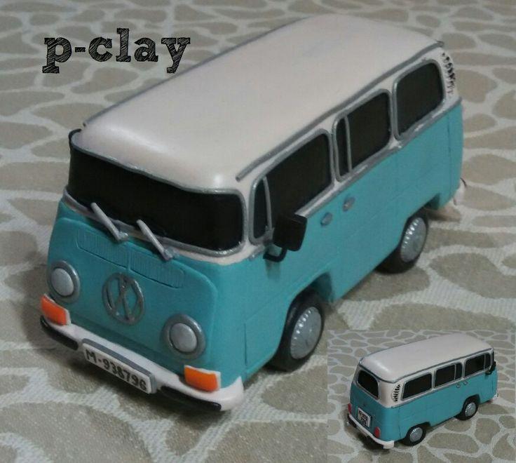 Van wolkswagen miniature (polymer clay 1:12). Furgoneta kombi ( arcilla polimerica 1:12).