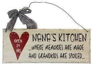 'Wooden Plaque Nanas Kitchen' is going up for auction at 12pm Fri, Nov 16 with a starting bid of $3.