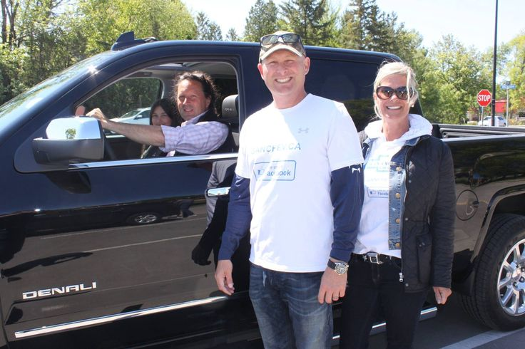 2015 Buick Drive for Your Students Event raised more than $8000 for 4 schools. Here is owner Jamie Hall and his wife Michelle with test drivers.
