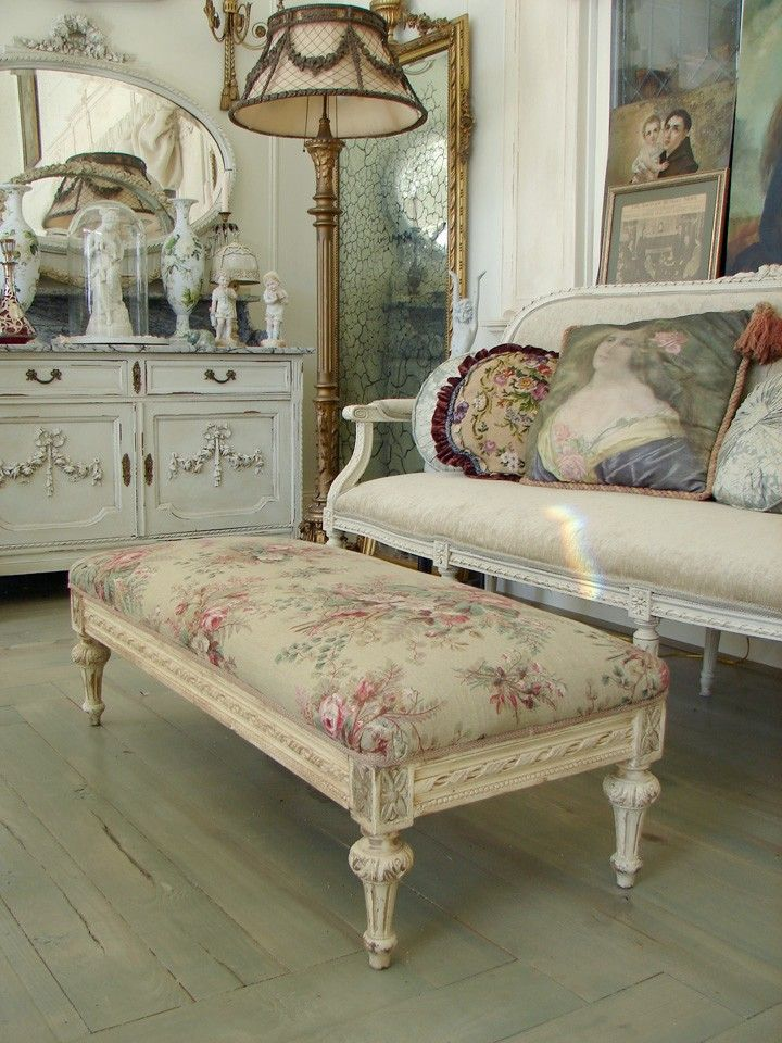 French Antiques: Antiques Furniture, Shabby Chic, Foot Stools, Memorial Tables, Sit Rooms, French Antiques, French Cottages, French Chic, Sit Area