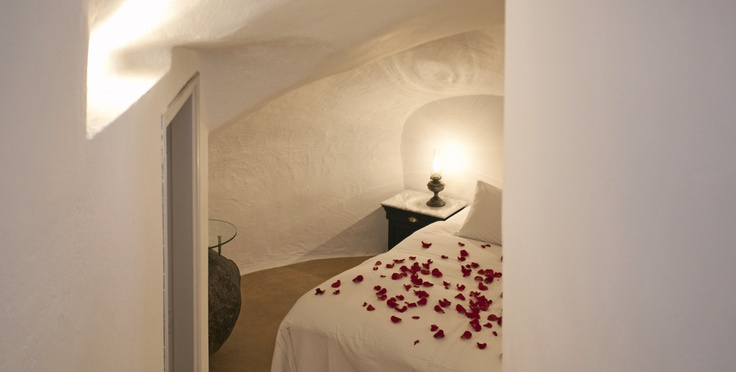 looking for a bit of romance on your holiday?  IKIES, Oia, Santorini, Greece