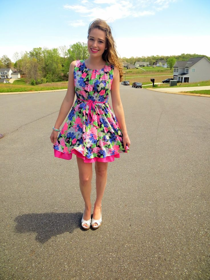 New England Fashion, Lifestyle and Travel Blogger || Radio Personality by day || Vermont Blogger || {Former} North Carolina Blogger