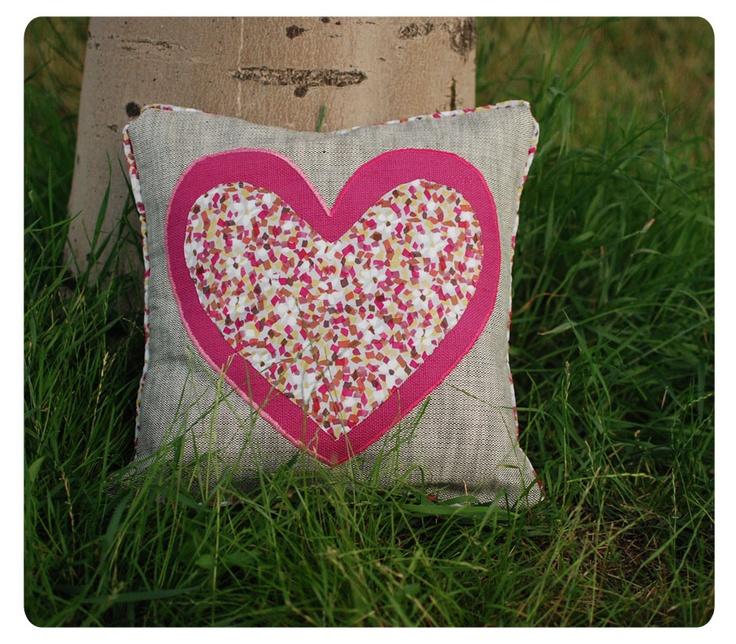 I Heart Cushion ! ~ h a n d m a d e ~ http://buburuze.wordpress.com/2013/06/13/summer-cushions/